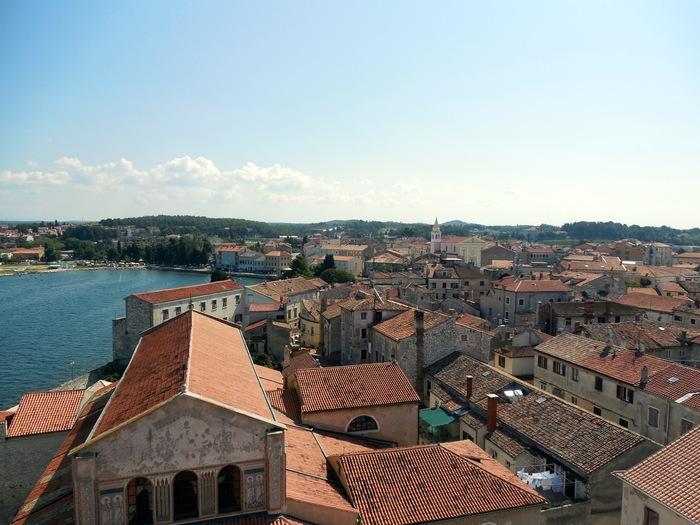 クロアチアの田舎町にあるエウフラシウス聖堂_d0116009_5571310.jpg