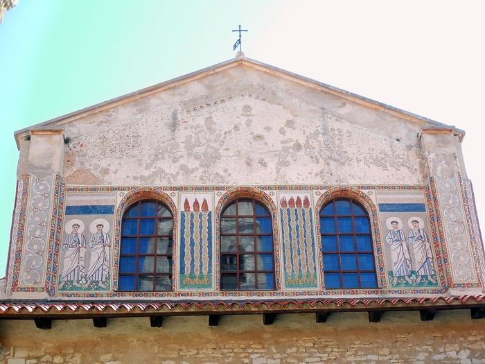 クロアチアの田舎町にあるエウフラシウス聖堂_d0116009_614649.jpg