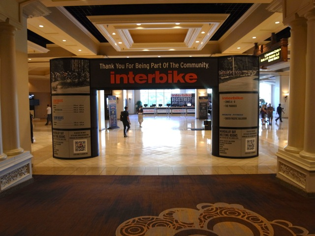 あたくしの2013 Interbike は閉幕です。_e0069415_8505338.jpg