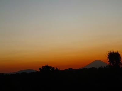 お彼岸の..富士山!_b0137932_8422444.jpg