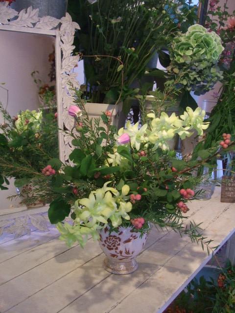 オークリーフ花の教室(富田さんの作品)_f0049672_14585511.jpg