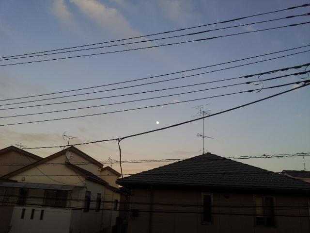 お月さま・・・_b0210688_22234672.jpg