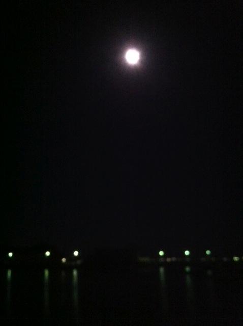 Moon Deck_b0195093_4533041.jpg