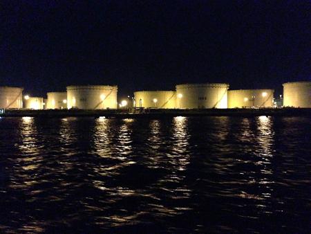 工場夜景クルーズ_e0243332_1284369.jpg