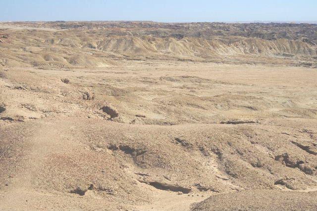 アタカマ砂漠の「月の谷」_c0011649_22123039.jpg