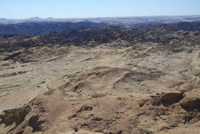アタカマ砂漠の「月の谷」_c0011649_22165047.jpg