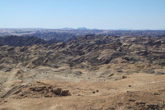 アタカマ砂漠の「月の谷」_c0011649_22192818.jpg