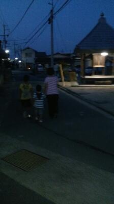 家族でお散歩♪_d0191262_21291195.jpg