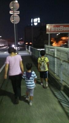 家族でお散歩♪_d0191262_213093.jpg