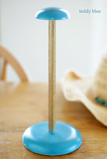 vintage blue hat stand  ヴィンテージ ブルー ハットスタンド_e0253364_1429157.jpg