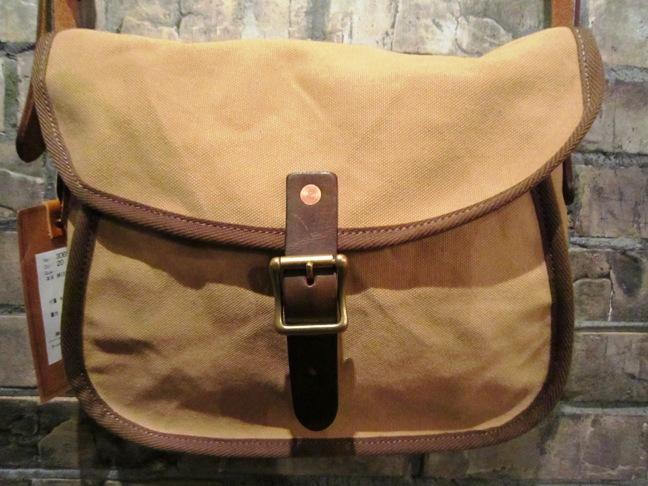 """SLOW \""""tannin shoulder bag Ssize\"""" ご紹介_f0191324_949384.jpg"""