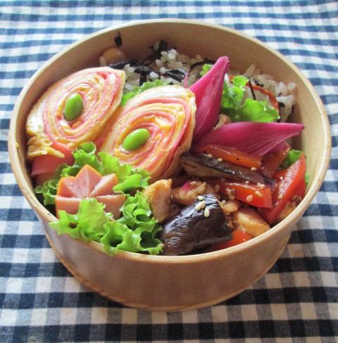9.24 茄子と鶏肉のショウガ焼きとタマゴ巻きのお弁当~保存食作り~_e0274872_1237019.jpg