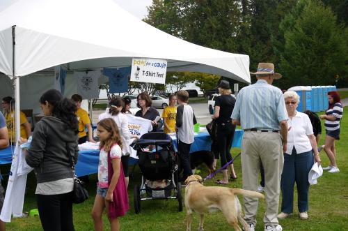 愛犬と参加するイベント2013 Paws for a Cause_d0129786_8221684.jpg