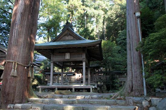 静原神社へ_e0048413_22231124.jpg