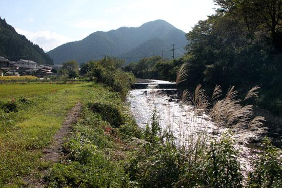 静原神社へ_e0048413_22233567.jpg