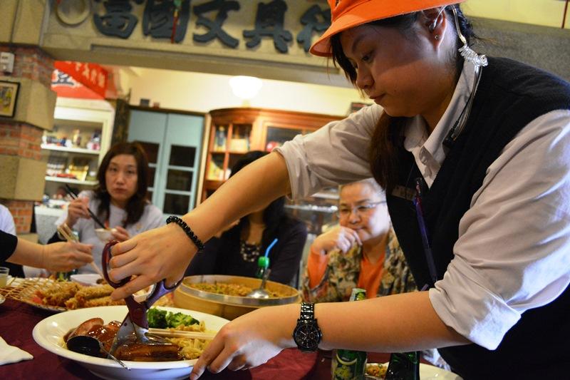 食在有趣 台湾、美食めぐり⑧ ファイナルはみんなで辦桌(バンド)_b0053082_1562577.jpg