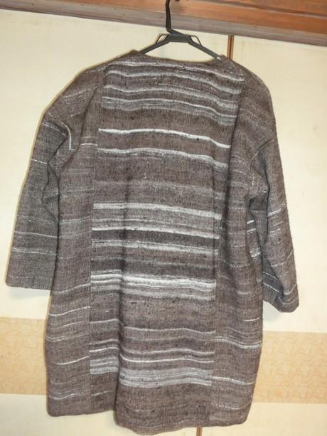 羊毛を紡いで、機を織って_a0203003_22242697.jpg
