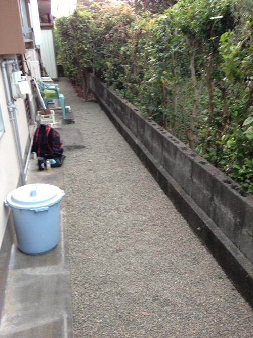 宮崎市Y様邸防草工事_b0236217_2211857.jpg