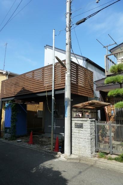 横浜市泉区の家☆シルバーのガルバ外壁_c0152341_1650612.jpg