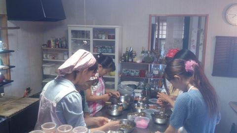 米山ガーデン料理教室「笹の押し寿司」。_d0182179_12485684.jpg