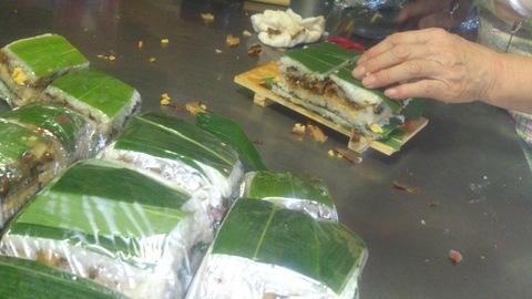 米山ガーデン料理教室「笹の押し寿司」。_d0182179_15285327.jpg