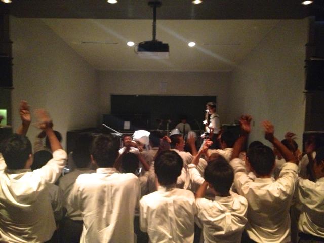 息子中学最後の文化祭ライヴ2DAYSアーカイヴ_f0164187_2152379.jpg