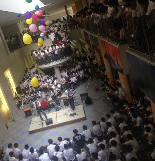 息子中学最後の文化祭ライヴ2DAYSアーカイヴ_f0164187_223150.jpg