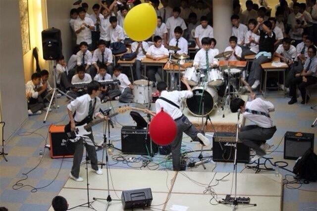 息子中学最後の文化祭ライヴ2DAYSアーカイヴ_f0164187_852875.jpg