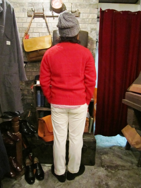 "Jamieson\'s ""SOLID V PULLOVER\"" ご紹介_f0191324_9132556.jpg"