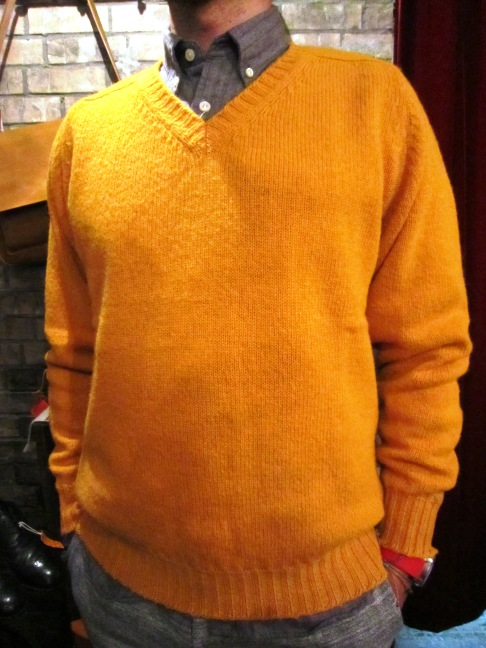 "Jamieson\'s ""SOLID V PULLOVER\"" ご紹介_f0191324_9142590.jpg"