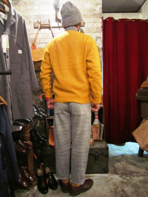 "Jamieson\'s ""SOLID V PULLOVER\"" ご紹介_f0191324_9145851.jpg"