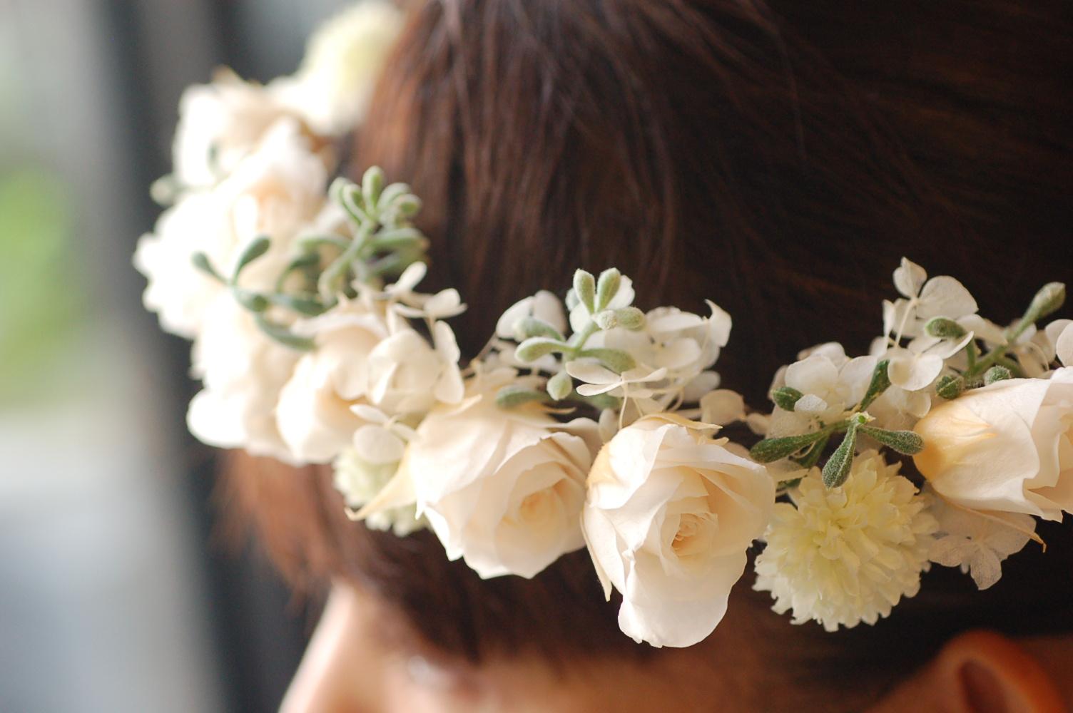 プリザーブドフラワーの花冠 ♫_a0060141_1472076.jpg
