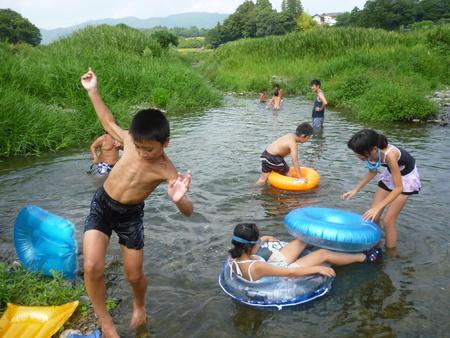 夏休みアートキャンプ_c0217044_9202720.jpg