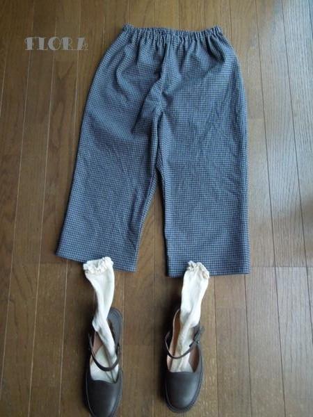 ♪細かチェックの膝下パンツ_c0247253_19494774.jpg