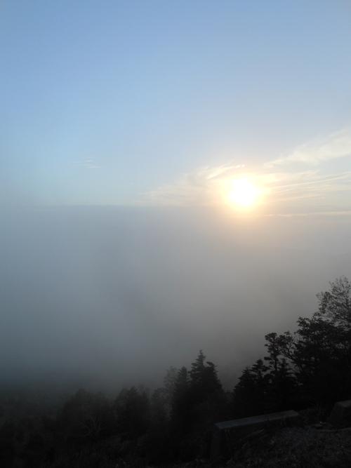 本日の夕陽です。_f0069815_19204863.jpg