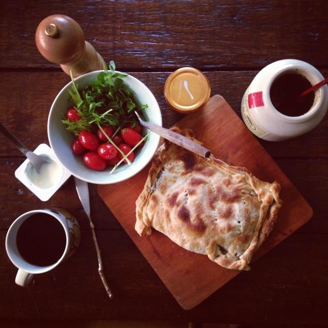 今日は朝からパイを焼く_b0123314_038931.jpg