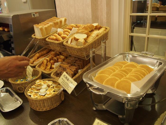 2013 9月 札幌 (12)  ANA の朝食の感じ と 朝散歩_f0062122_6153961.jpg