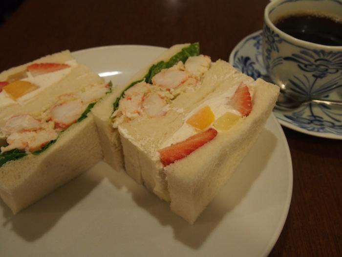 2013 9月 札幌 (12)  ANA の朝食の感じ と 朝散歩_f0062122_6182044.jpg