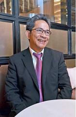 ユスロン次期駐日インドネシア大使:「日イは運命共同体」 流暢な日本語で親日外交 12年間滞在の知日家_a0054926_61213.png