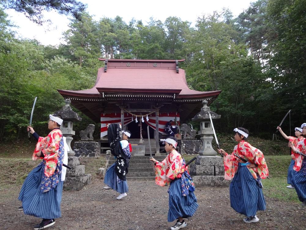砥森神社例祭_c0111229_18293597.jpg