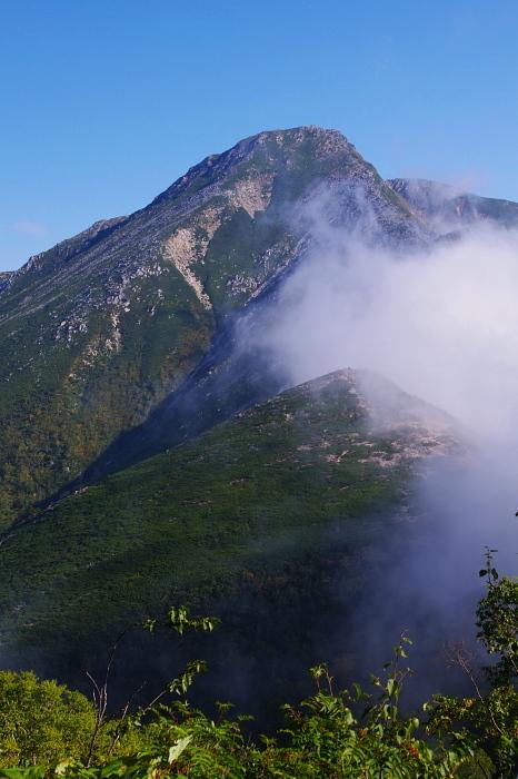 秋の北アルプス蝶ヶ岳から常念岳を歩く Ⅲ_e0292469_16513564.jpg