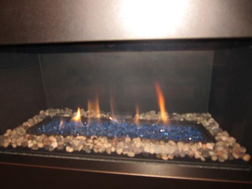暖炉の前で、チーズフォンデュ~♪_d0240098_8433837.jpg