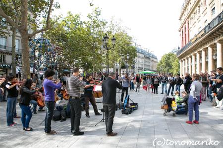 パリの大道芸人_c0024345_683114.jpg