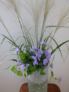 autumn flowerその2     懐かしい花器に♪_a0165160_13512198.jpg