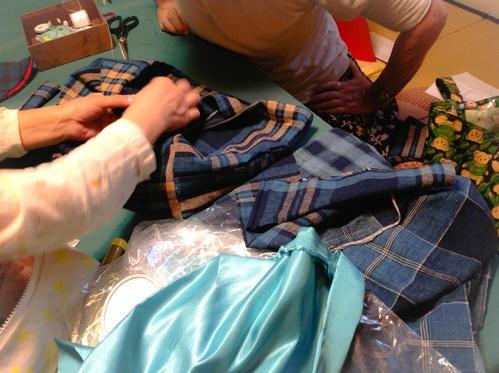『ちくちく手縫いの会』フリース鍋カバーご報告_b0153663_12502973.jpg