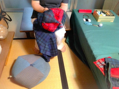 『ちくちく手縫いの会』フリース鍋カバーご報告_b0153663_12514532.jpg