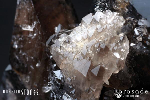黒水晶原石(ブラジル産)_d0303974_11495249.jpg