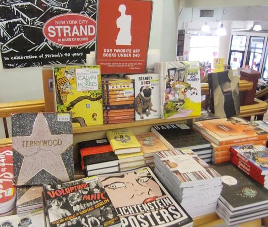 NYを代表する老舗の本屋さん、ストランド・ブック・ストア(Strand Book Store)_b0007805_2245289.jpg