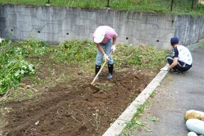9/27農園作業!_a0154110_11445957.jpg