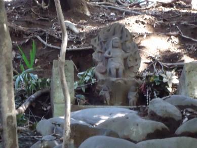 板橋区赤塚の「不動の滝」 を散策_c0223192_1828394.jpg